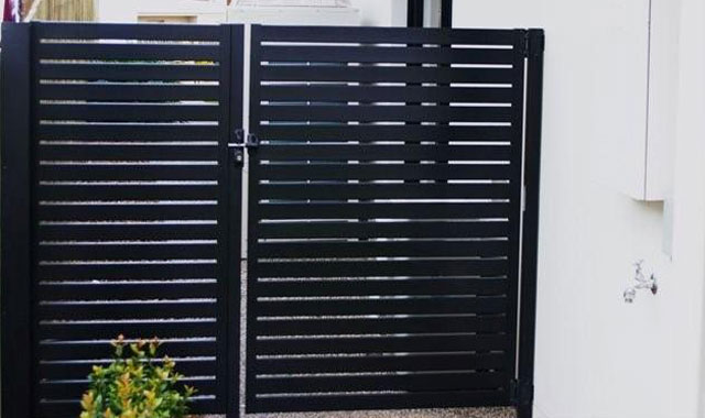 Slatted Black Gates Mount Barker Steel